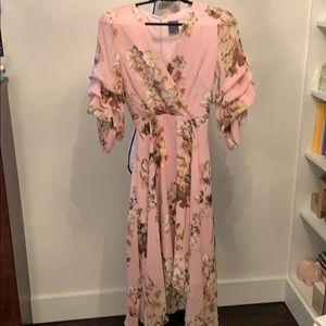 NWT Gabby Skye Dress